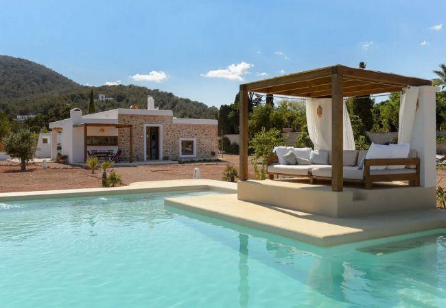 Villa a Ibiza - VILLA ARMONIA