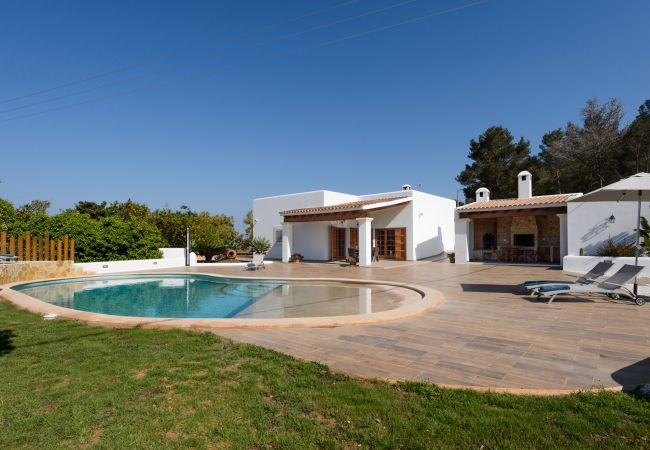Villa a Santa Gertrudis - VILLA DUO