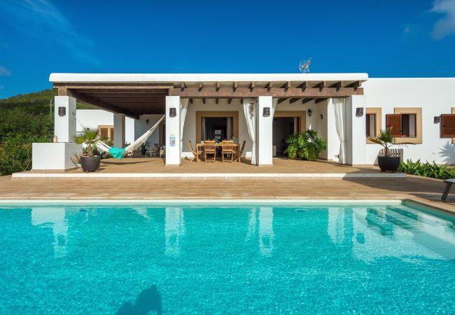 Villa a Ibiza - SES DOS ILLES