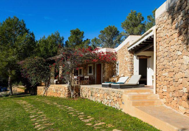 Villa a Santa Gertrudis - ASHRAM 4 PAX