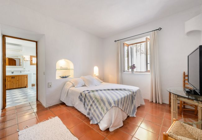 Villa in San Carlos/ Sant Carles de Peralta - VILLA PATRI, CASA